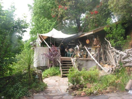 Wild Spirit Lodge Khoinania P.O. Box 45 The Crags 6602 South Africa. Door communitylid merelela - NG ReisCommunity ©