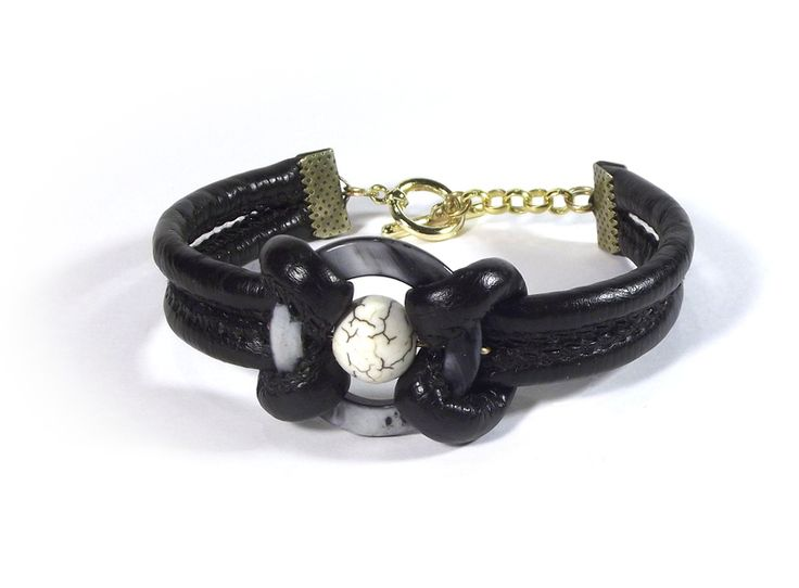 The bracelet - leather and pearl from betulek by DaWanda.com  #bracelet #formen #leather #gift #beautiful #trendy #quality #instagood #fashion #braceletsoftheday #jewelry #fashionlovers #fashionista #accessories #wristwear #betulek #bybetulek #look