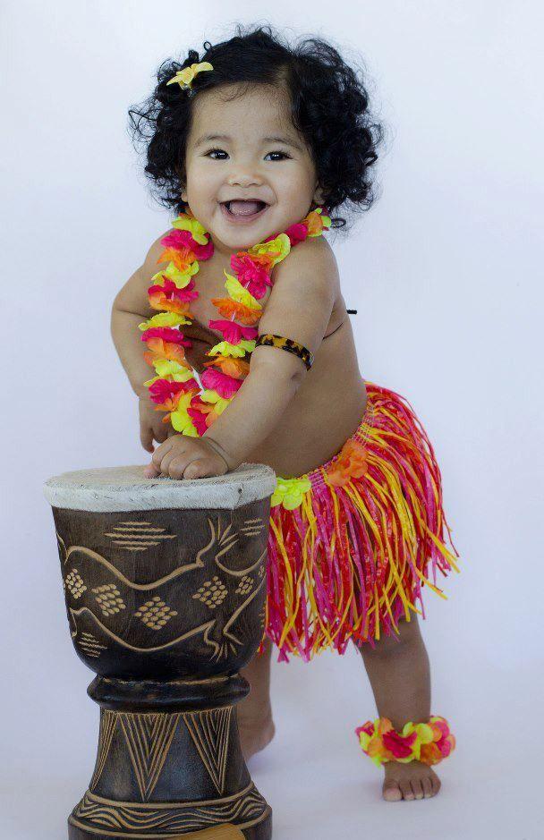 The Island of Tayhiti : Photo