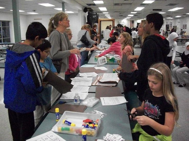 Math Knight! A family math night centered around the Sir Cumference books! What a great idea!