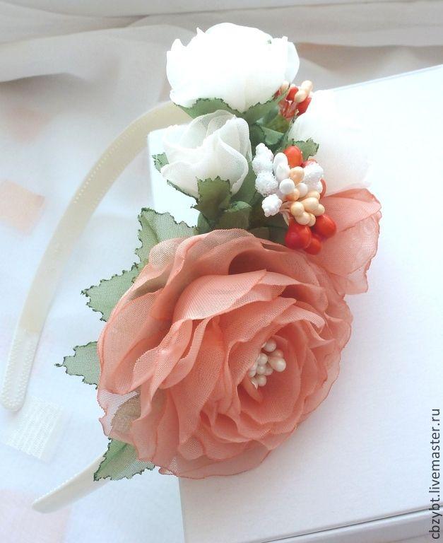 Купить Ободок с цветами ручной работы + брошь - кремовый, Персиковый цвет, ободок для волос
