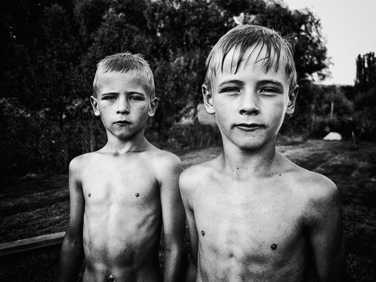 twins by Kata Sedlak on 500px