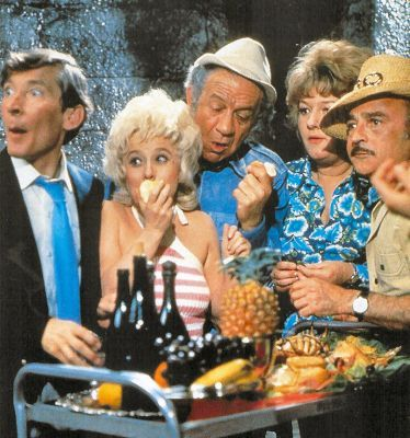 Kenneth Williams, Barbara Windsor, Sid James, Joan Sims & Kenneth Connor from Abroad