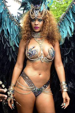 Love & Sex  Rihanna Sexy Costume In Barbados Festival. Crop Over August 3 2015