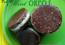 Do you have an overwhelming sense of Deja Vu? Yeah, me too. A couple weeks ago I made some homemade Thin Mints and Oreos. At the end of the post I asked if anyone would be interested in seeing a RA...