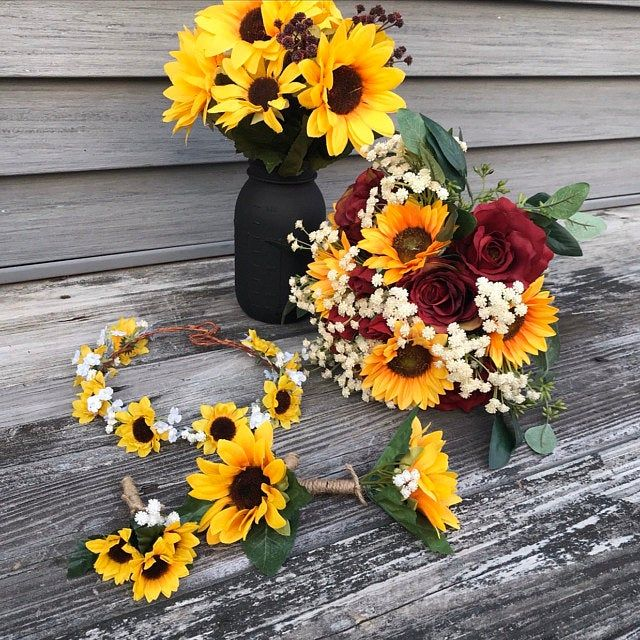 Sunflower Bouquet Bridal Bouquet with Sunflowers and Roses ...