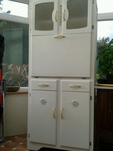 20 best images about 1940s kitchen on pinterest stove for 1940 kitchen cabinets