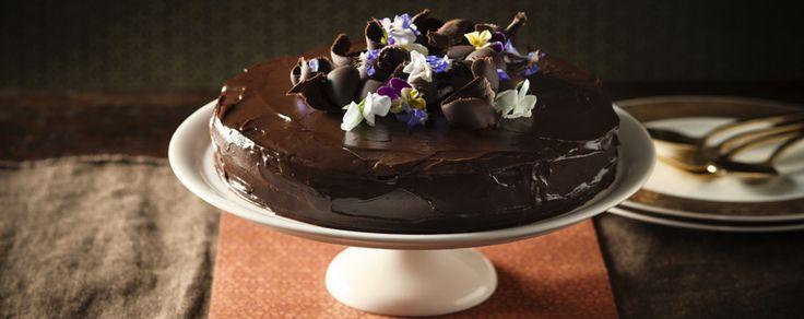 Pecan Mousse Cake with Chocolate Glaze