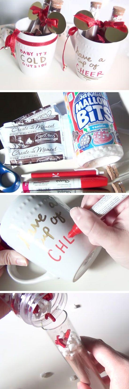 Christmas Cocoa Mugs | DIY Christmas Gifts for Mom | Easy Holiday Gift Ideas for Grandma