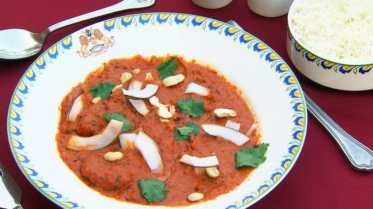 Kylling Tikka Masala - I Nord-India er kylling tikka masala en av de mest kjente og kjære rettene. Server gjerne med ris og raita som tilbehør. Oppskrift av Sarita Sehjpal.