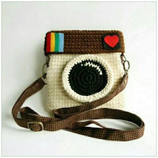 polaroid camera purse