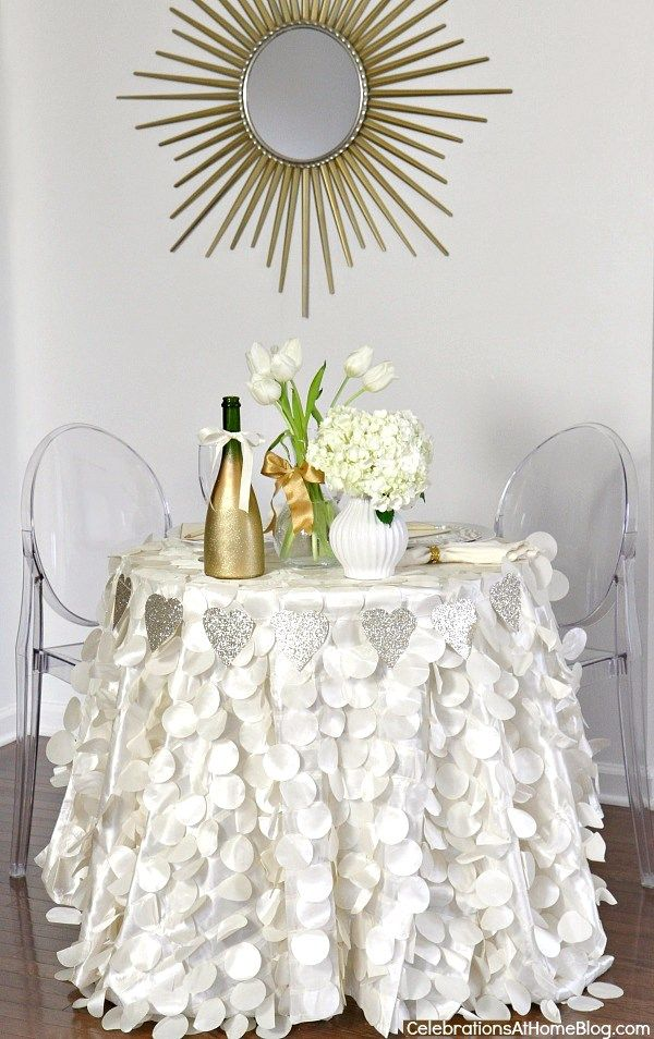 valentines day table for 2  #valentinesday: Tables Sets, Valentines Day Tablescapes, Valentinesday February14, Www Cvlinens Com Valentinesday, Celebrateathom Valentinesday, Gorgeous Tables, Valentinesday Tablescapes, Desserts Tables, Romantic Tables
