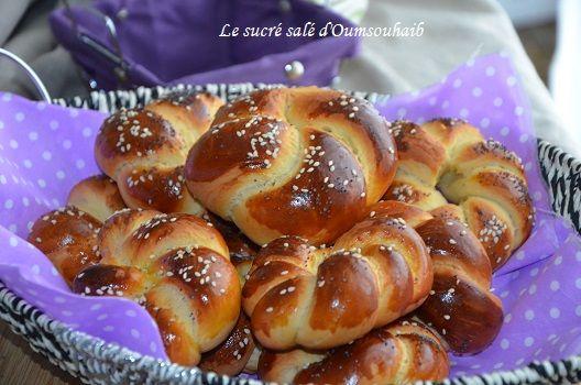 délicieux petits pains portugais au lait concentré sucré