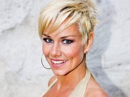 frisyrer 2014 kort hår kvinnor - Google Search