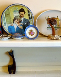 No Stone Unturned: You know I love an eclectic house. Rose and Tim have a great collection of things...[design blog]