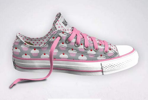 Google Image Result for http://www.thecupcakeblog.com/wp-content/uploads/2011/02/Cupcake-Converse-Sneaker.jpg