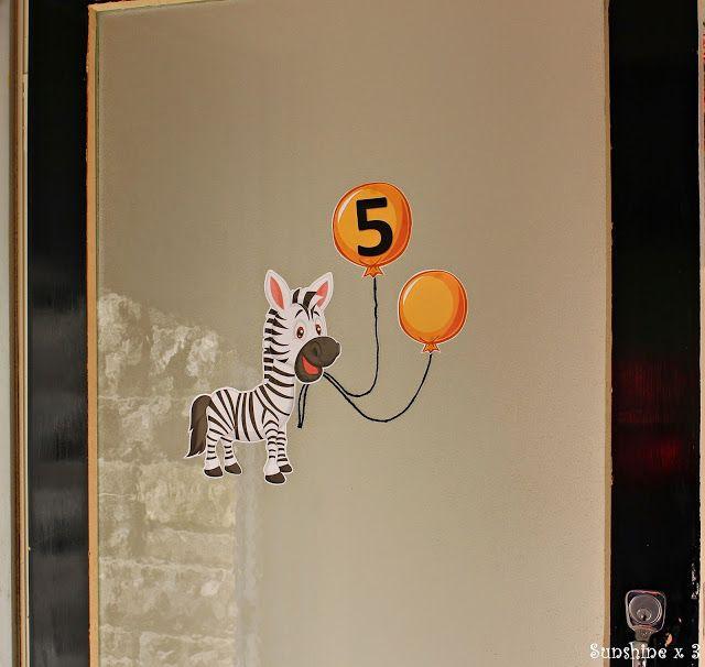 Zebra Party - door entrance