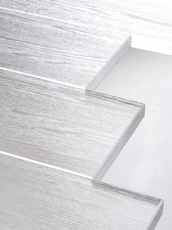 Nendo Transparent Table