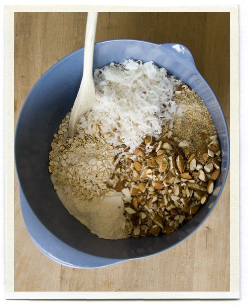 Cómo hacer granola :)Friends Recipe, Wheat Flour, Granola Recipes, Healthy Homemade Granola, Coconut Oil, Inchmark Journals, Health Foods, Friends Homemade, Coconut Granola