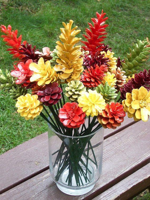 Fall Pine Cone Flowers, ein Dutzend, auf 12-Zoll-Stielen. Thanksgiving-Dekor. Gute Qualität. Gemalte hübsche Herbstfarben. Herbst