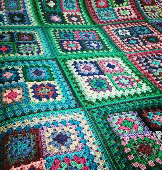Check out this item in my Etsy shop https://www.etsy.com/uk/listing/484196319/black-friday-sale-retro-granny-squares