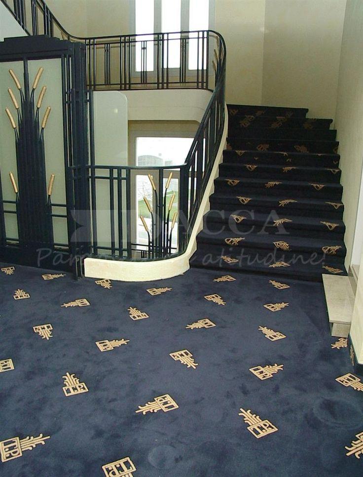 Mocheta personalizata holuri si scari hotel
