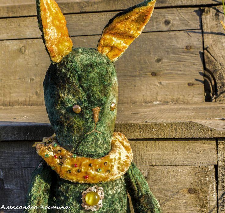 Купить Заяц Себастьян. - зеленый, тёмно-зелёный, заяц, винтаж, желтый воротник