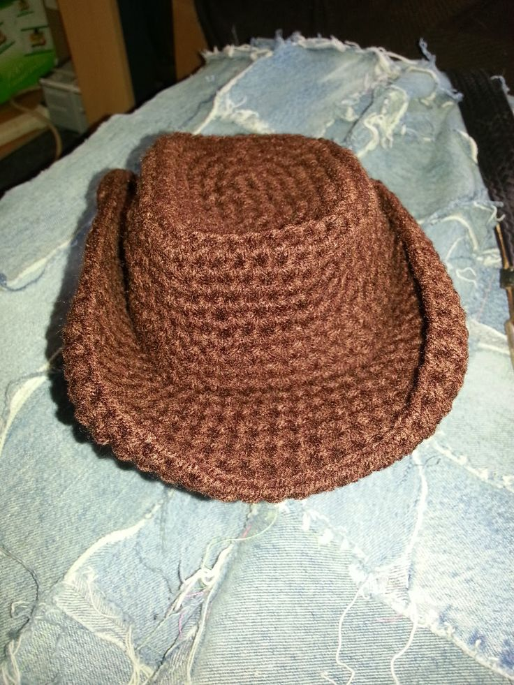Return to the Simple- Live, Laugh, and Love: Crochet cowboy hat http://simple-live-laugh-love.blogspot.ca/2014/01/crochet-cowboy-hat.html