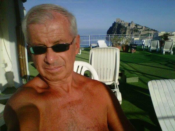 #Estate 2014 - I nostri #clienti    Coraggio @Giorgio Ferraro, il conto alla rovescia per Aprile è cominciato...     #ischiaponte #vacanze