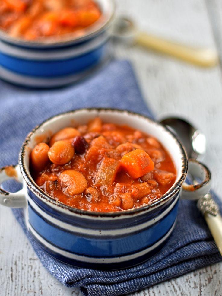 smoky bean and tomato stew – The Circus Gardener's Kitchen