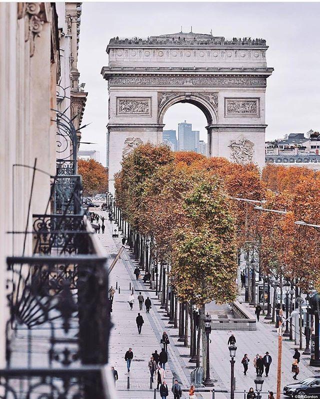 Осталось совсем чуть чуть до нашего первого тура в Париж 🌿 мы с девочками собираем чемоданы  и предвкушаем волшебную поездку✨ кстати, на тур в мае ещё есть пару свободных мест, подробности в Директ #travel #traveling #vacation #вашорганизатор #instatravel #instago #instagood #trip #турвпариж #photooftheday #travelplanner #eventplanner #travelling #tourism #tourist #instapassport #instatraveling #mytravelgram #travelgram #travelingram #париж #travelmanager #индивидуальныетуры #путешествие…