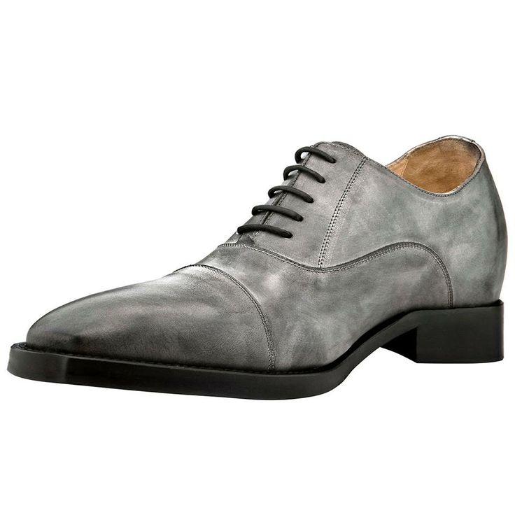 """Les chaussures """"Montreal"""" à semelle réhaussante dissimulée à l'intérieur de la chaussure, disponibles au prix de 445€. http://www.chaussuresrehaussantes.fr/ete-2014/montreal-detail"""