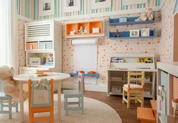Que tal destinar um local na casa apenas às brincadeiras? Confira ótimas ideias de como aproveitar o espaço e entenda sua importância para o desenvolvimento infantil: http://abr.ai/1k5EIwP