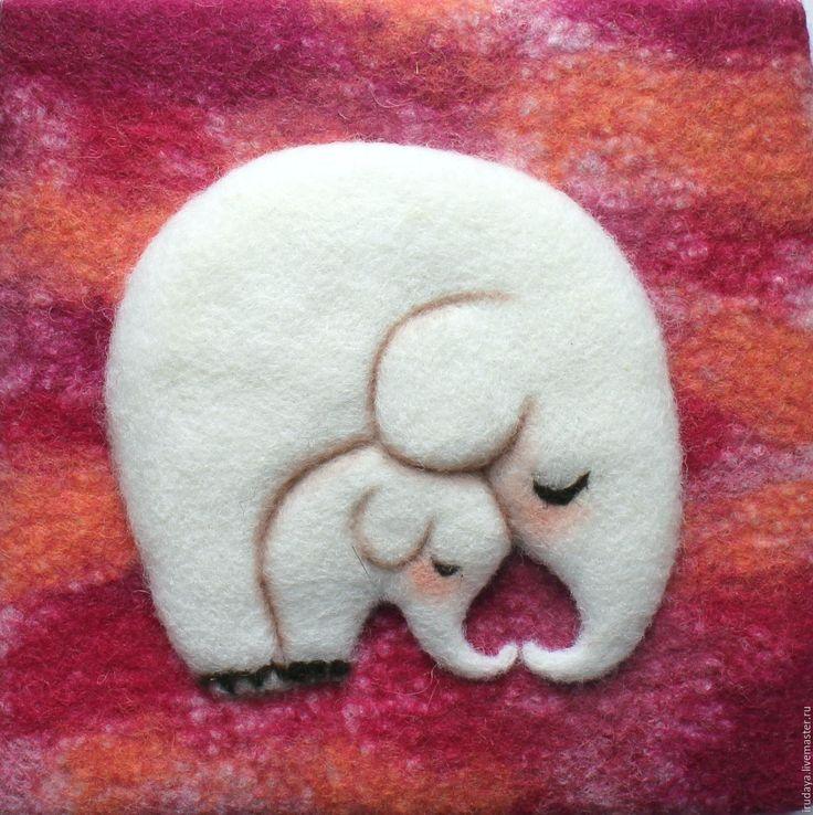 """Купить Валяное панно """"Я с мамой"""" - белый, слон, картина в детскую, валяная картина"""