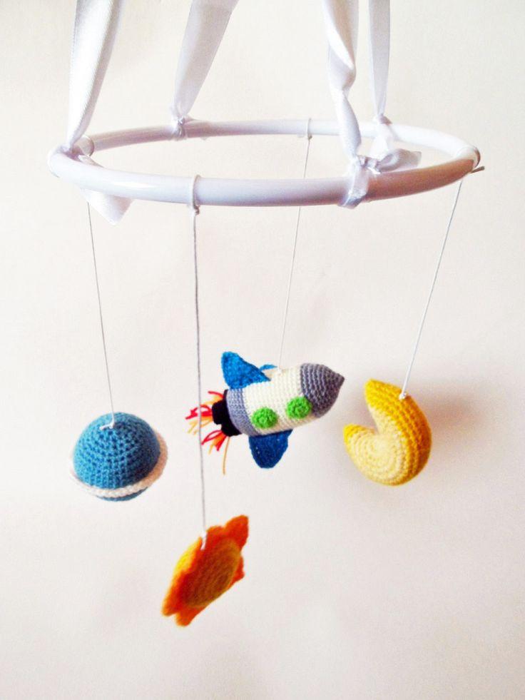 movil infantil amigurumi. http://amigurumies.blogspot.com
