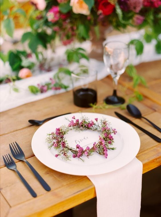 pretty floral wreath place setting for the bride / http://www.himisspuff.com/wedding-wreaths-ideas/8/