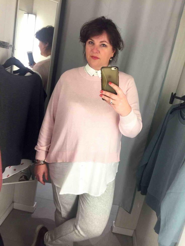 hm, grote maten, roze trui met blouse eraan vast