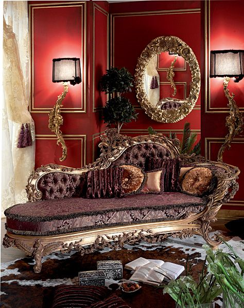 25 best ideas about chaise couch on pinterest pallet sofa diy garden furniture and wood - Decoration italien classic ...