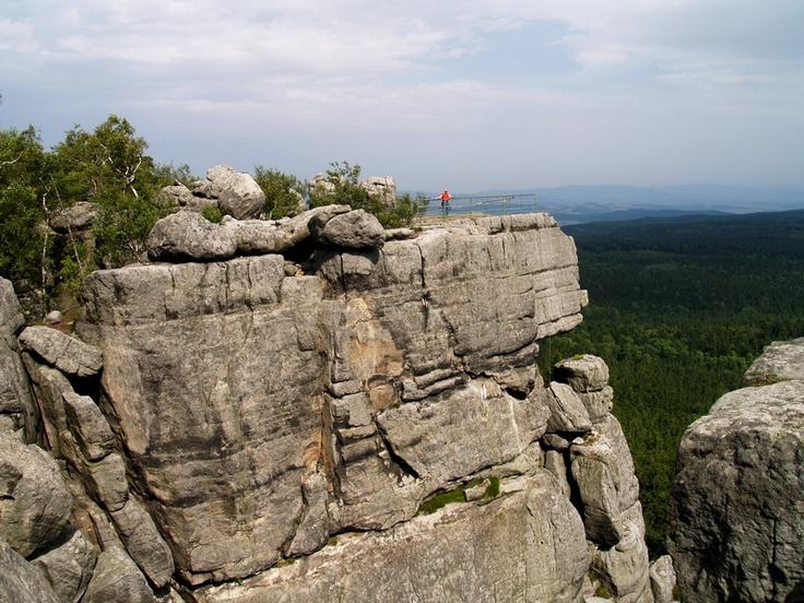 Szczeliniec http://stolowe.info/wp-content/uploads/2012/05/szczeliniec-wielki.jpg