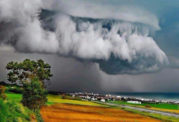 The storm on the coast of Italy