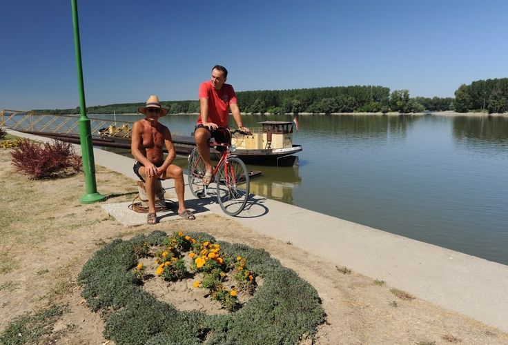 Romanian authorities expect to have by the end of the year the feasibility study for the first bicycle lane in the Danube Delta.