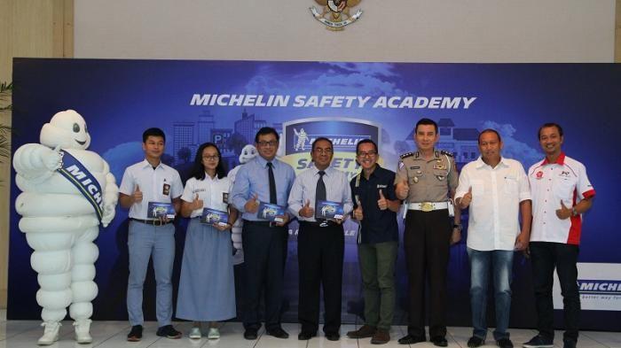 Lewat Kampanye Safety Academy Michelin Ajak Anak SMA Berkendara Aman di Jalan Raya - Tribunnews
