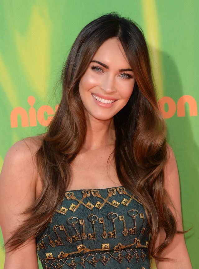 Megan Fox Makes First Post-Baby Red Carpet Appearance Looking Just As Hot As You Remember