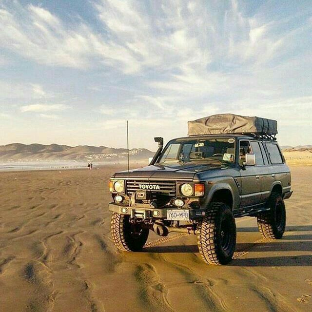FJ60 going where it wants. #OffRoad #Adventure #Explore #Challenge