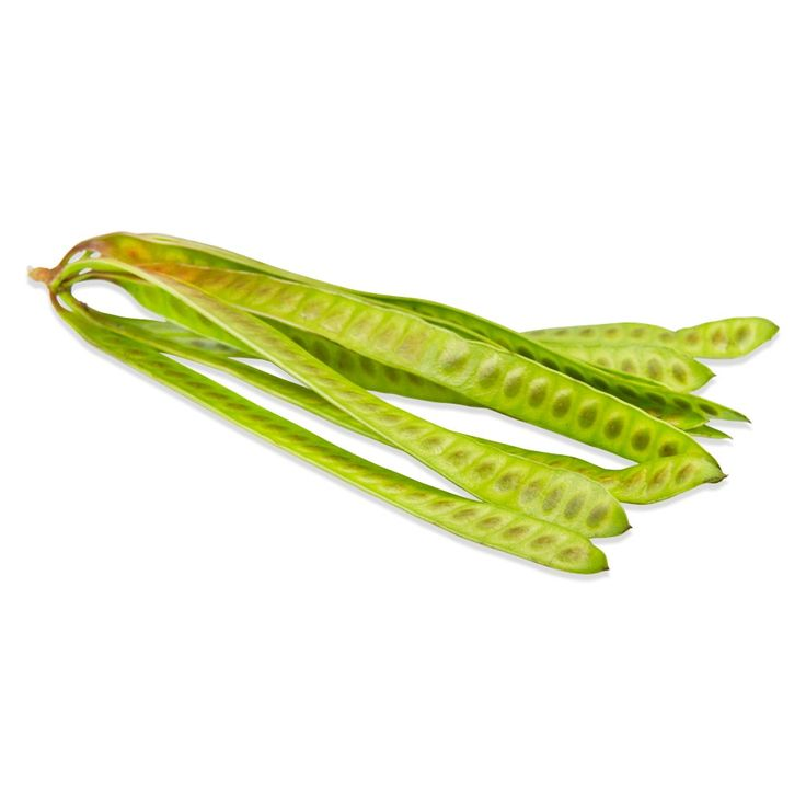 GUAJES PODS GREEN FRESH Guajes seeds can be extracted from the pods as you would peas.  Once extracted they are eaten raw, roasted, pureed, or dried (whole or ground) as a high protein snack, vegetable side or as an ingredient in other dishes.