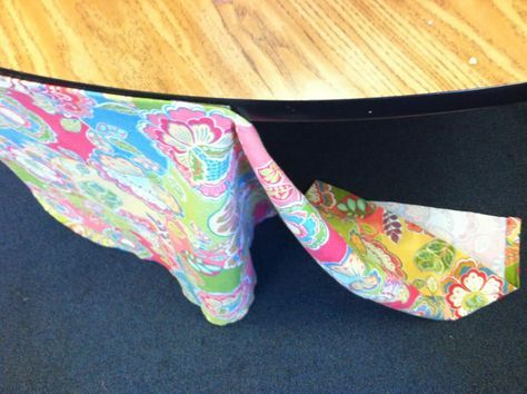 Loving Life in First Grade: How-to Make Kidney Table Skirt