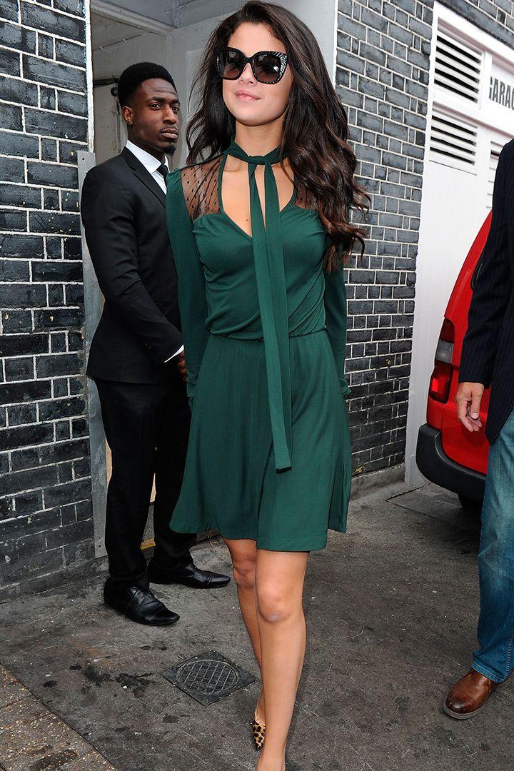 Los 100 mejores looks de Selena Gómez http://stylelovely.com/noticias-moda/los-100-mejores-looks-de-selena-gomez/