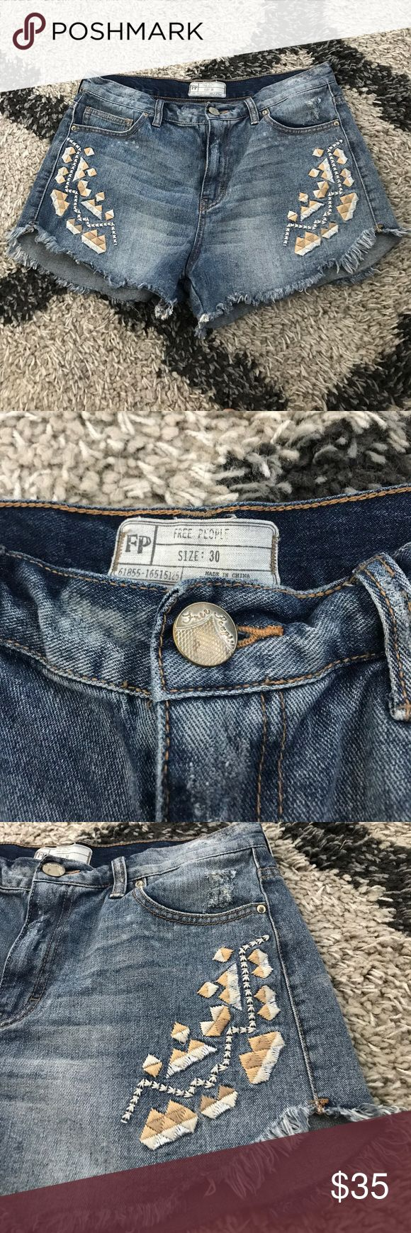 Women's Free People Jean Shorts Women's Free People jean shorts. Size 30. Great condition, comfy and cute. Free People Shorts Jean Shorts