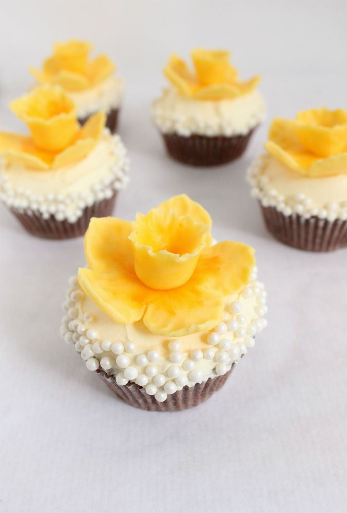 spring daffodil cupcakes: Spring Daffodils, Fondant Daffodils, Daffodils Cupcake, Nice Recipe, Cupcake Tutorials, Cakes Sweet, Lifeth Simple, Cakes Cupcake Sweet, Sweet Life