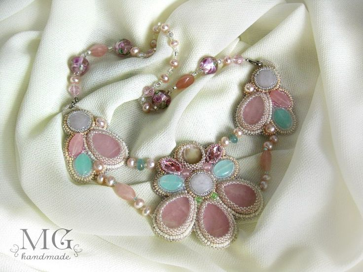 "http://vk.com/mghandmade Колье""В саду..."".Розовый кварц,перламутр,жемчуг,стекло,нат.кожа"